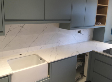 Calacatta Quartz Worktop and stone kitchen worktops from Classic Stone ltd @ www.kitchenstoneworktop.com